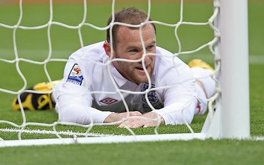 Fabio Capello kapitány nem bánná, ha Wayne Rooney rápihenhetne a nyári világbajnokságra (Fotó: Action Images)