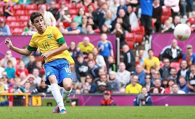 Oscar a brazil válogatottban is remekül teljesít (Fotó  Reuters) cdf1c58609