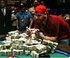 Mizrachi nyerte a WSOP presztízsdöntőjét