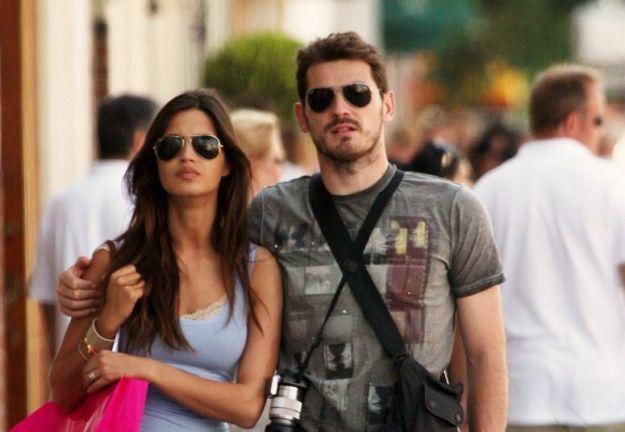 Sara Carbonerónak már nincsen kapcsolata az apjával (forrás: pourfemme.it)