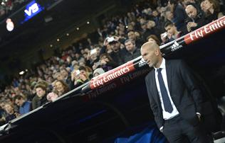 Real: Zidane az asztalra csapott, ez a j�t�kos kell neki?