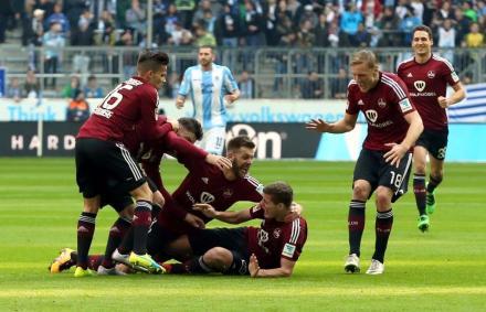 Légiósok: Stiebernek gratuláltak – még a hamburgiak is
