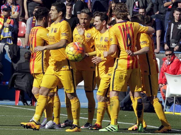 La Liga: �ng�l fen�kkel, Messi-lesg�lok, Barca-siker