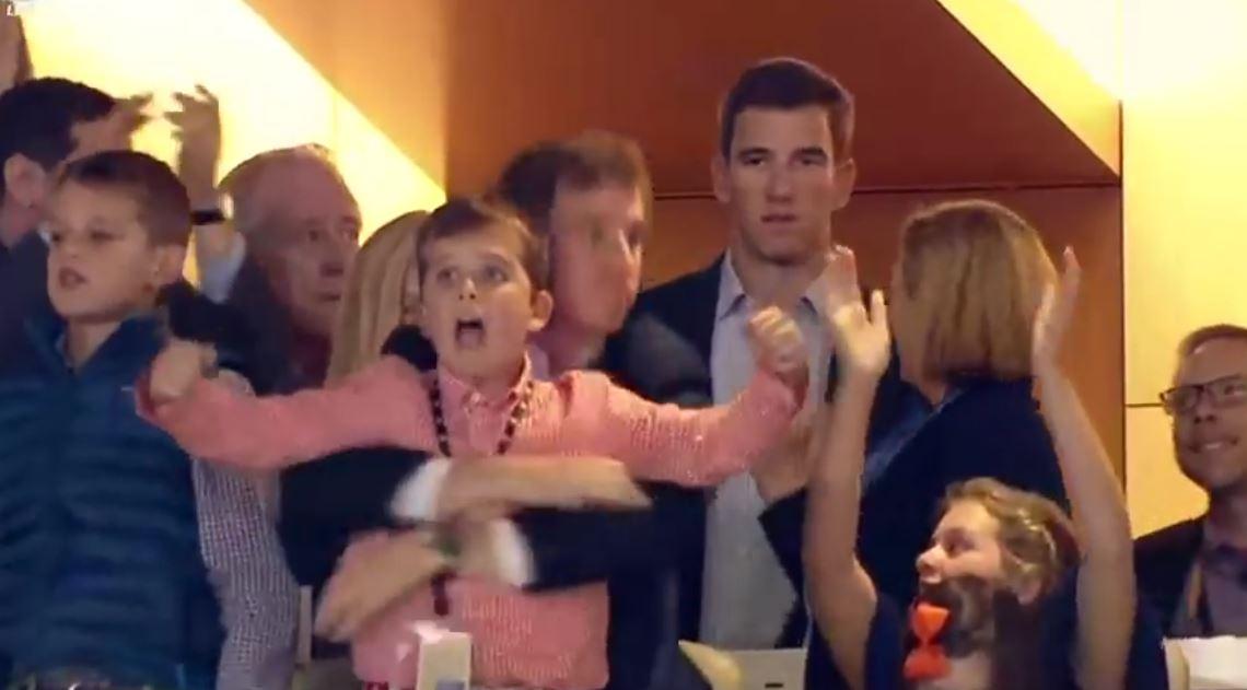 Super Bowl: az öreg halász és Superman; nem örült Manning öccse? – mémek!