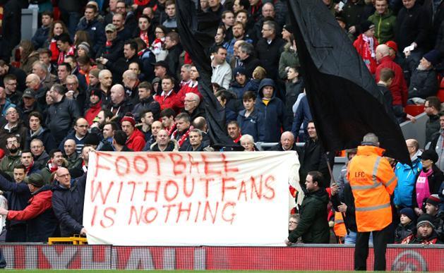 Liverpool: gy�ztek a szurkol�k! Visszakoztak a jegy�remel�st�l
