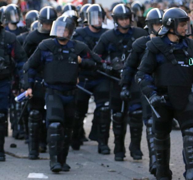 """NB I: """"Valótlan állítás"""" – Storck nem a rendőrkordon miatt maradt kint"""