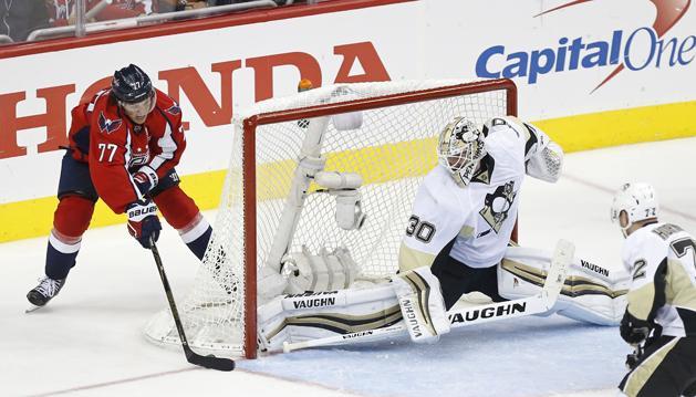 NHL: a Capitals siker�vel indult a Penguins elleni p�rharc
