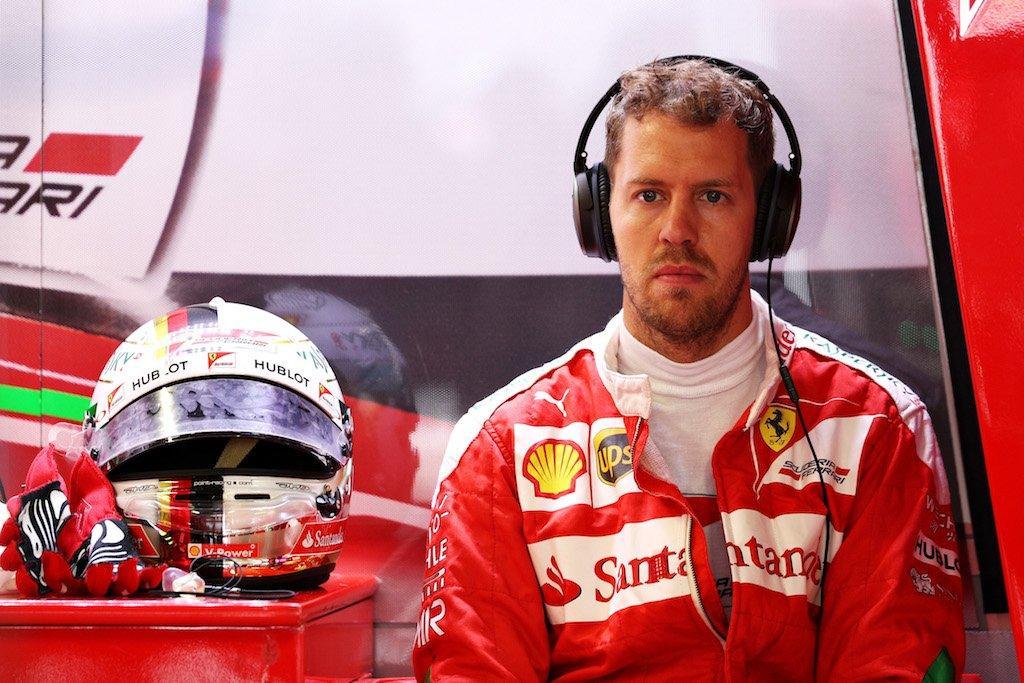 F1: a Mercedes bizarrnak tal�lja Hamilton pechsz�ri�j�t