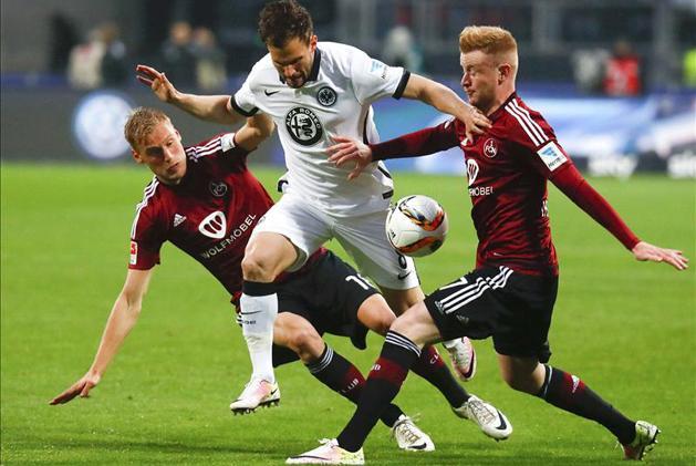 Bundesliga: n�rnbergi gy�zelemmel maradt az �lvonalban az Eintracht