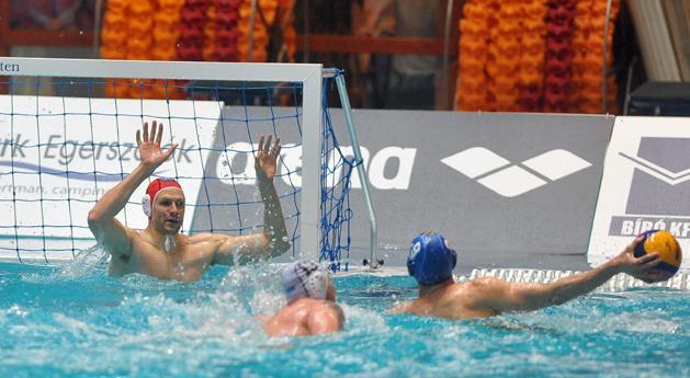 Férfi vízi ob I: 4–0-ról 4–4, aztán egri siker – 5. meccs dönt az aranyról!