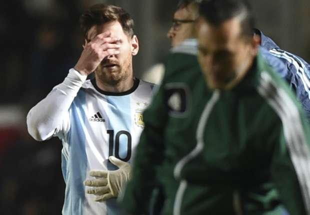 Felk�sz�l�s: Messi-s�r�l�s, Higua�n-csodag�l; Cavani-dupla