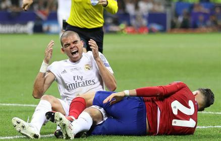 """BL-döntő: """"Pepe, egy p... vagy"""" – zúdult Lineker és a net haragja"""