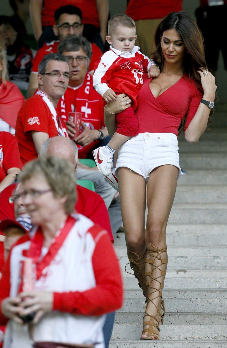 Eb 2016: másodszor is megőrült Európa a svájci feleségéért – képek