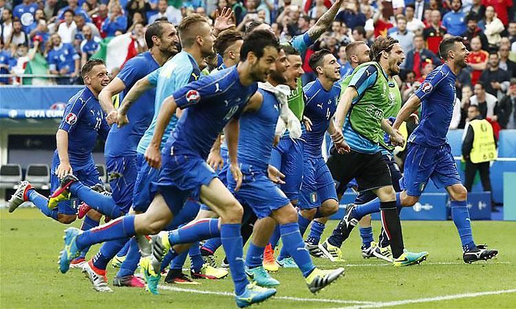 Eb 2016: olaszok a kapufán, zászló a szakállon – galéria