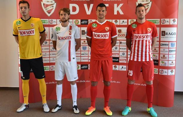 Bemutatták a DVTK 2016–2017-es mezeit (Fotó  dvtk.eu) d99bca60ab