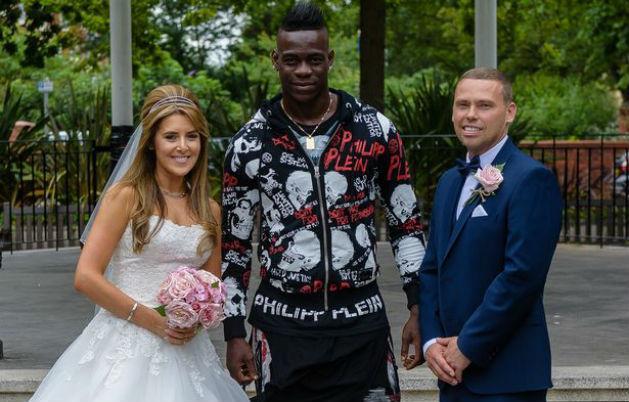 Kép: senki sem nézte Balotelli kínos ruháját az esküvőn – fotók
