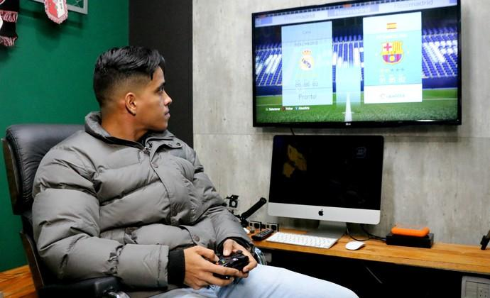 Braz�lia: visszavonul az idei Pusk�s-d�jas, felteszi az �let�t a FIFA 16-ra