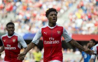 Felk�sz�l�s: az Arsenal k�t v�llra fektette �szak-Amerik�t
