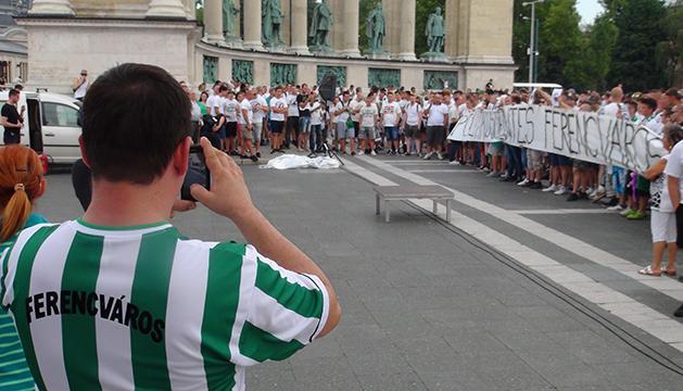 FTC: �gy demonstr�ltak a H�s�k ter�n, majd a N�pligetben a szurkol�k - vide�