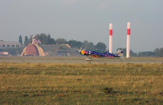 Red Bull Air Race: minden Besenyei győzelmével indult – 13 év története