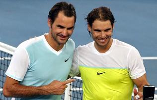 Tenisz: erre v�rtunk! Nadal �s Federer egy p�rost alkot