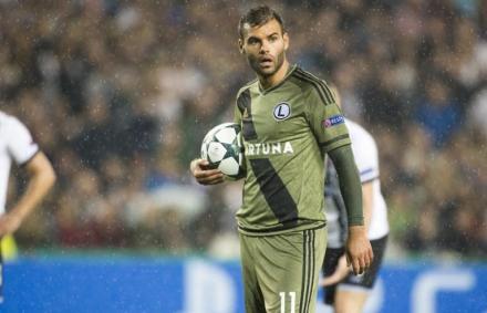 Legia: Borzasztó nehéz döntés előtt állok – Nikolics Nemanja