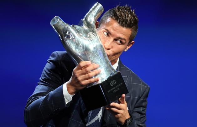 UEFA: Cristiano Ronaldo megint gy�z�tt, be�rte Messit