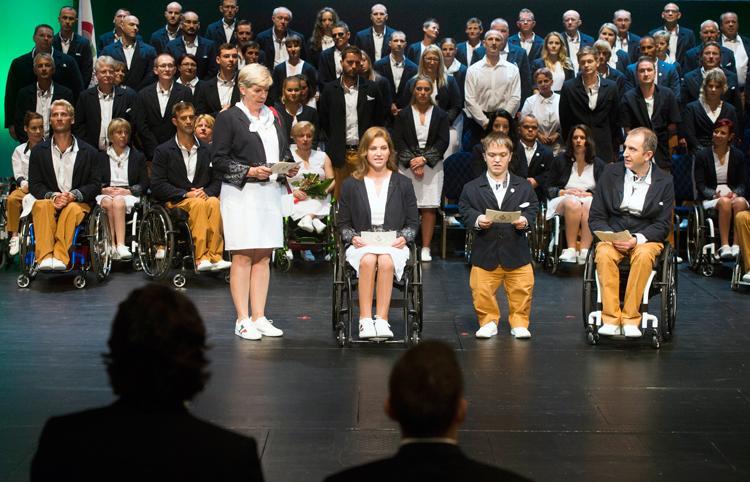 Paralimpia 2016: letett�k az esk�t a magyar k�ld�tts�g tagjai