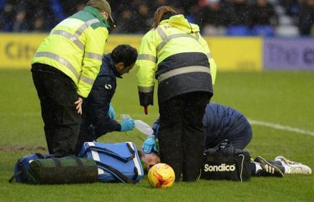 Anglia: totális trauma – 16 mp után véget ért a futballmeccs
