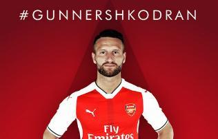 Arsenal: szerz�dtett�k Mustafit is, egyvalaki nagyon b�nja