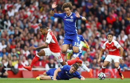 Chelsea: Conte bekeményít, két védő távozhat – sajtóhír
