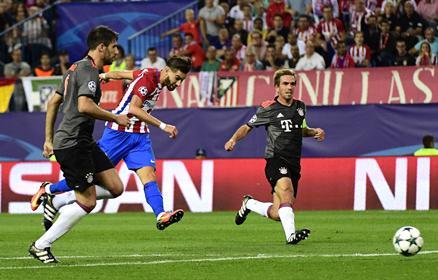 BL, D-csoport: az Atl�tico 11-est rontott, de megverte a Bayernt