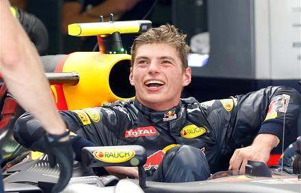 F1: �jabb hi� rem�ny? Akkor minek �r�l Verstappen?