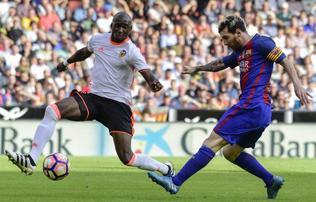 La Liga: Messi a 94. percben b�ntet�b�l nyerte meg a meccset