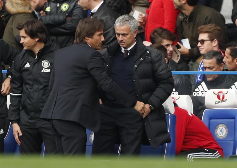 Mourinho szerint Conte őt provokálta, Pedro szerint csak a szurkolókat hergelte (Fotó: Action Images)