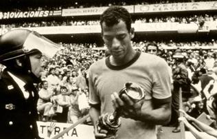 Gy�sz: t�vozott a legenda, a vb-gy�ztes brazilok csapatkapit�nya
