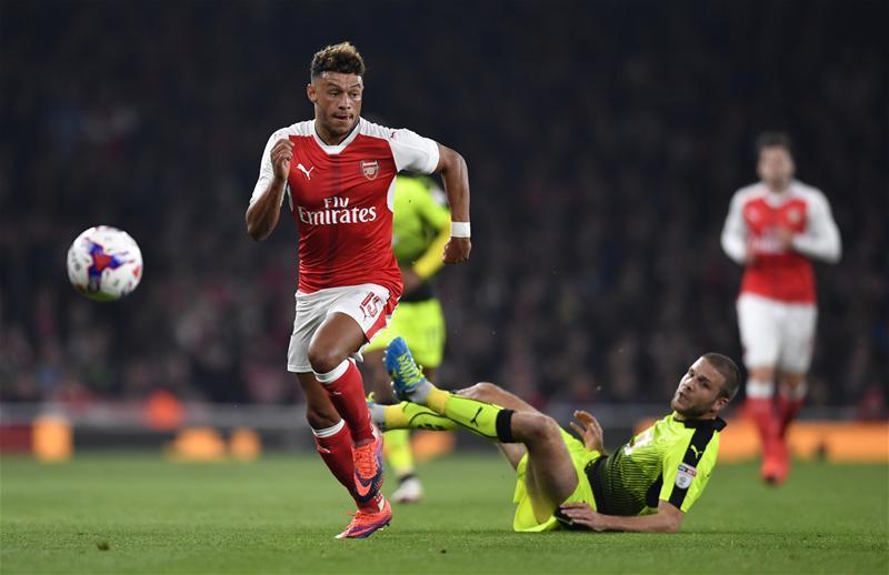 Alex Oxlade-Chamberlain góljaival jutott tovább az Arsenal (Fotó: Action Images)