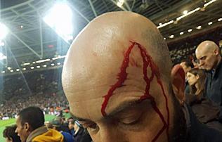 Er�szak a London Stadionban: vesz�lyes �ton j�r a West Ham