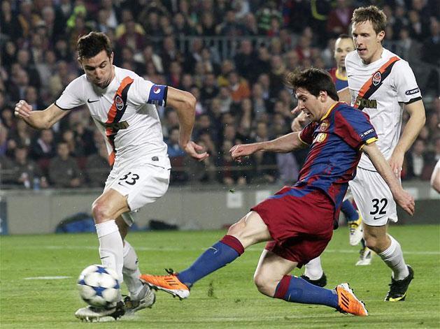 Darijo Srna (balra) nemegyszer játszott már a Barcelona ellen (Fotó: Reuters, archív)