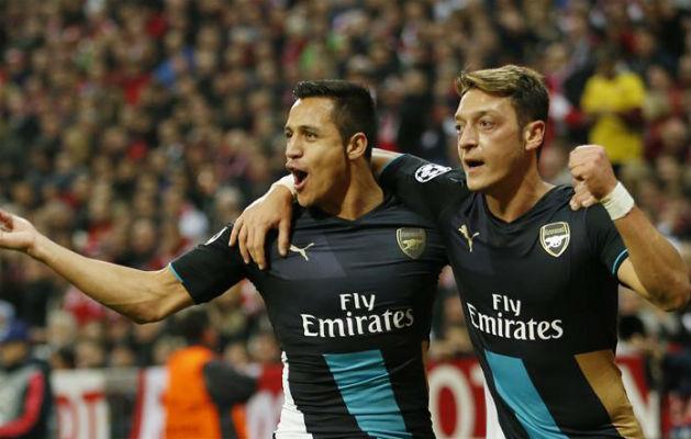 Wenger ragaszkodása érthető a két kulcsemberhez (Fotó: Reuters)