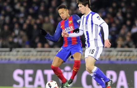 Király-kupa: Neymar büntetőjével előnyben a Barca