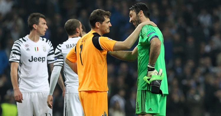 Legendák, ha tisztelik egymást (Fotó: AFP)