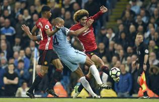 Manchester City–Manchester United: tényleg csütörtököt mondtak