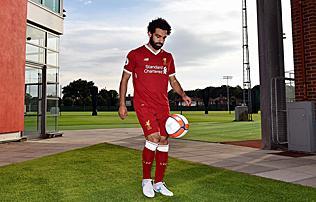 Liverpool: végre megvan, aláírt a Romától érkező támadó