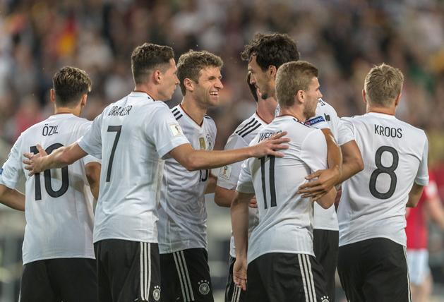 A német labdarúgó-válogatott 6–0-s győzelmet aratott Norvégia felett a  világbajnoki selejtezősorozat európai zónájának C-csoportjában. 75a72ec7ef