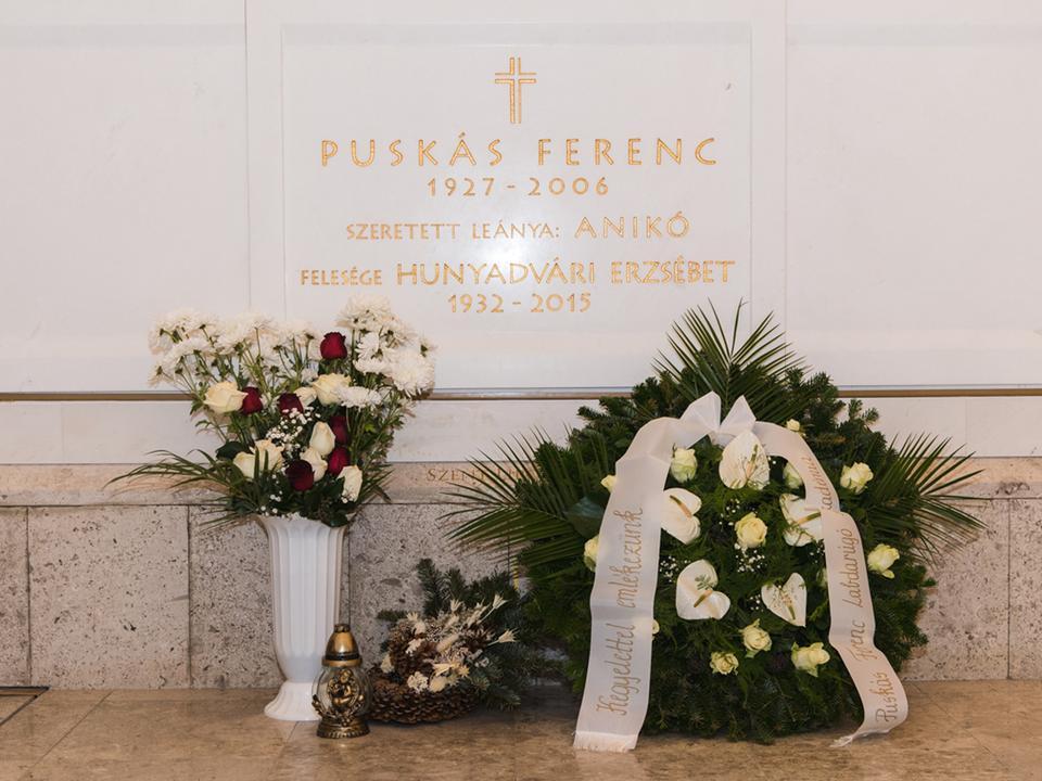Gyász: tizenegy évvel ezelőtt hunyt el Puskás Ferenc