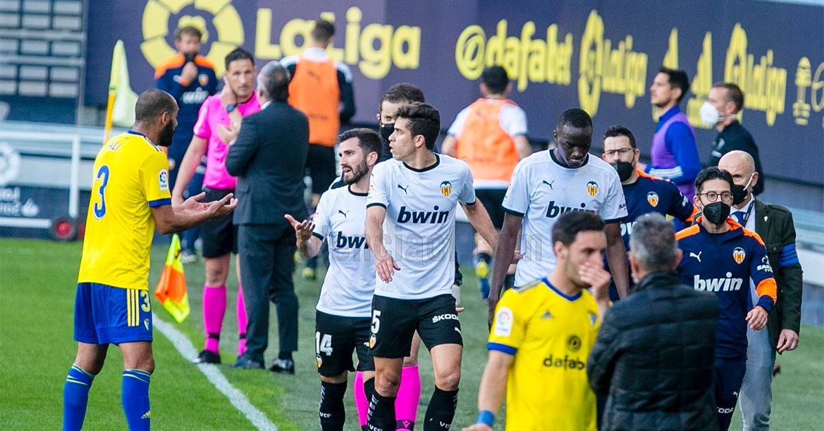 La Liga: botrány Cádizban, a Valencia levonult a pályáról