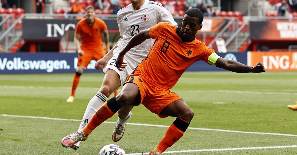 PSG: aláírt a holland válogatott középpályás – hivatalos