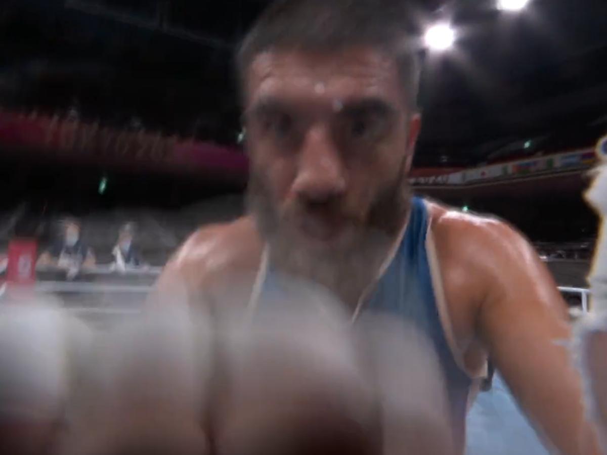 Tokió 2020: percekig dühöngött a kizárt francia bokszoló – videó