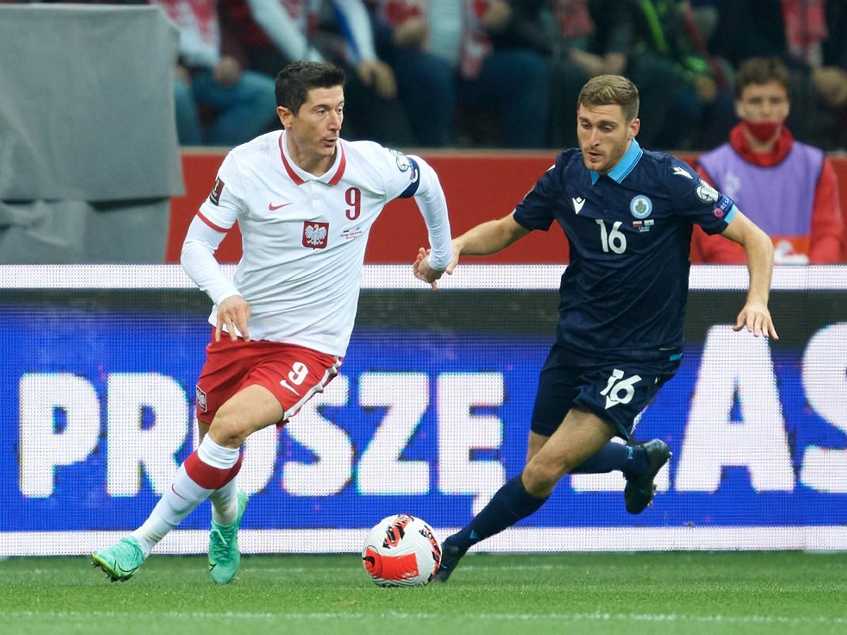 Videó: Lewandowski megtapsolta San Marino első kapura lövését